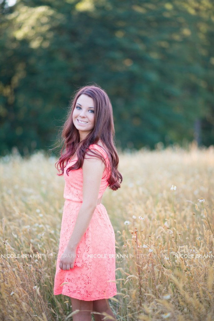 sweet-home-oregon-senior-portrait-photographer-nicole-briann-photography-sierra-27